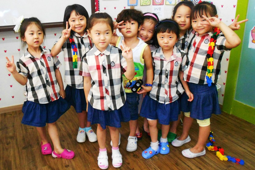 Korean kids posing for the camera