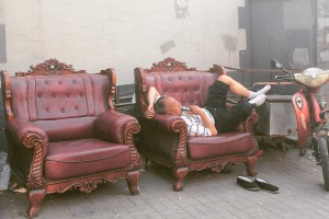 Beijing-old-man-relaxing